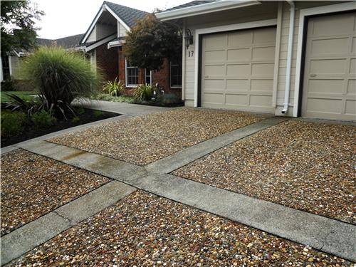 Exposed Aggregate Driveway With Limestone Concrete Borders